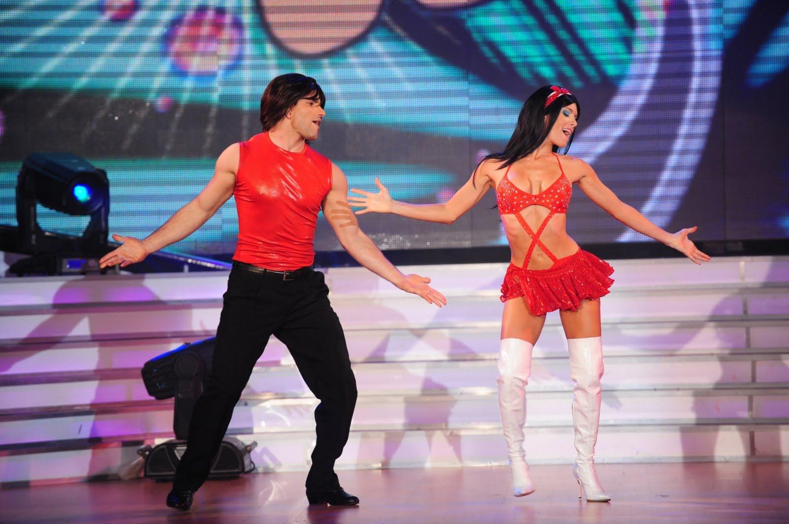 popular mujer baile